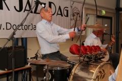 16 Jacques Underberg