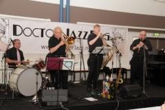 028 Never Mind Jazz Band